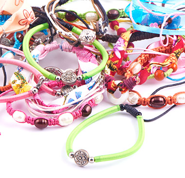 Wholesale Pack with bracelets