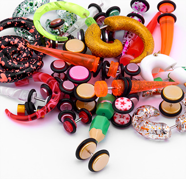 Wholesale Pack with Fake Plugs, Claws and Expander