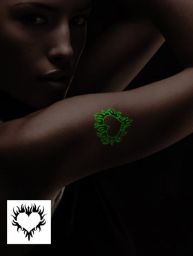 """""""Glow in the Dark"""" Fun-Tattoo"""